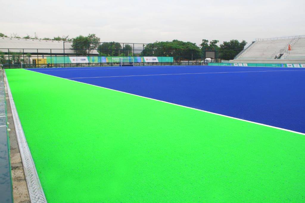 Centro Olímpico de Hóquei (Complexo Deodoro), com o canal ACO Sport LW 100 K para uma drenagem otimizada e fixação da grama artificial do campo.